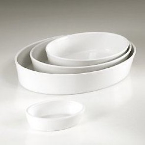 "Porcelain deep oval baker (12x9"") 32x23cm white - Pillivuyt"